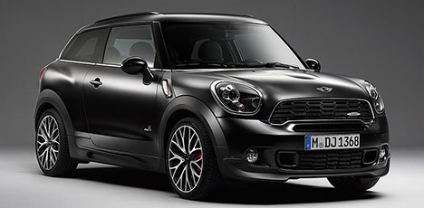 Frozen Black metallic MINI JCW Paceman